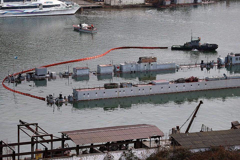 Военный эксперт: Затонувшая в Севастополе подлодка еще в 90-е оказалась никому не нужна